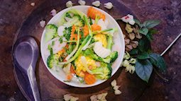 Canh chay sen dừa, món canh vừa ngon vừa là thuốc bổ