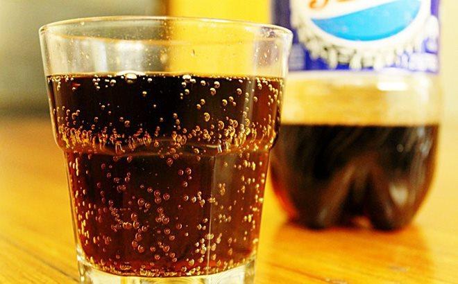Nước uống có ga là loại nước giải khát rất phổ biến hình ảnh
