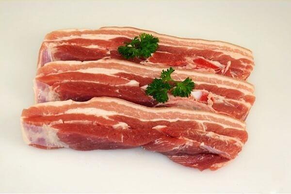 Thịt chiên kiểu Thái vừa cay vừa giòn càng ăn càng thèm