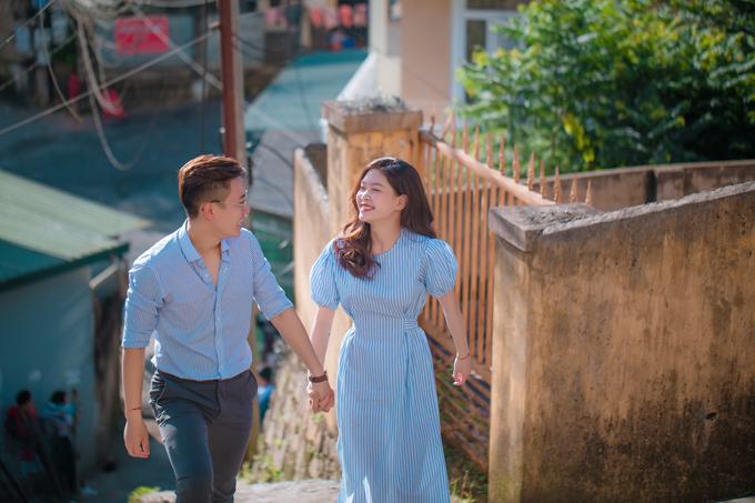 Cô gái 23 tuổi cho rằng mìnhđã gặp được đúng người chồng lý tưởng vì Minh Hoàng luôn ga lăng, chiều chuộng cô và rất lễ phép, biết trên biết dưới.