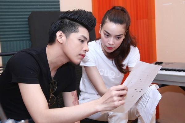 Noo Phước Thịnh và Hồ Ngọc Hà làm việc cũng nhau.