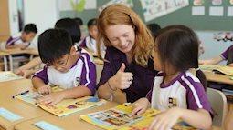 Khi con vào lớp 1, cha mẹ cho bé học Tiếng Anh thế nào là đúng cách?