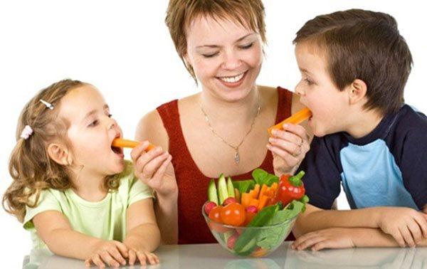 Cha mẹ cần thực hiện ngay những việc này khi con gặp vấn đề về cân nặng hình ảnh