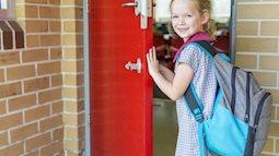 Xây dựng mối quan hệ với cô giáo ở trường khi con mới bắt đầu đi học là rất cần thiết
