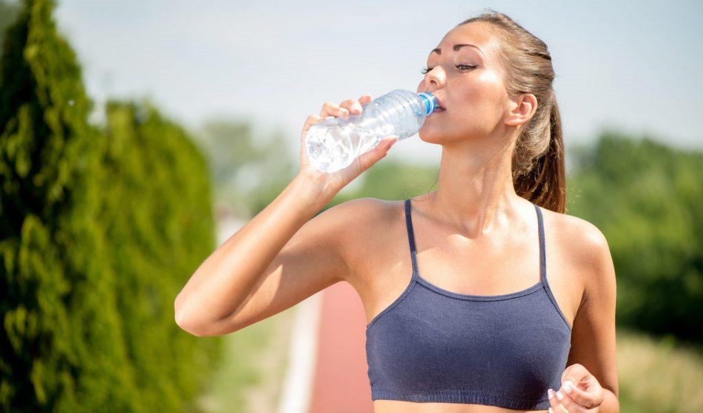 Uống quá nhiều nước sau khi tập thể dục có thể gây tử vong