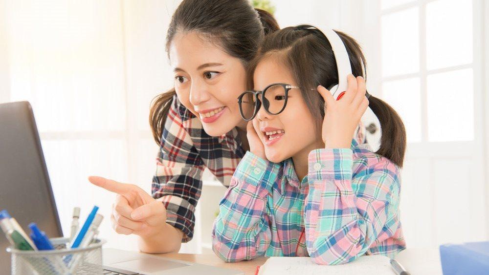 Những kỹ năng bố mẹ cần hướng dẫn con khi học tiếng Anh lớp 1 tại nhà