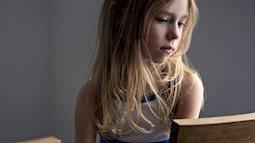 Khi bé mới vào lớp 1, cha mẹ hãy để ý những dấu hiệu sau để nhận biết liệu trẻ có bị bắt nạt ở trường học