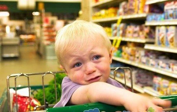 Mách mẹ biện pháp khắc phục tình trạng vòi vĩnh mua đồ chơi ở trẻ