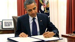 Có nên ép trẻ viết tay phải trong khi bé thuận tay trái?