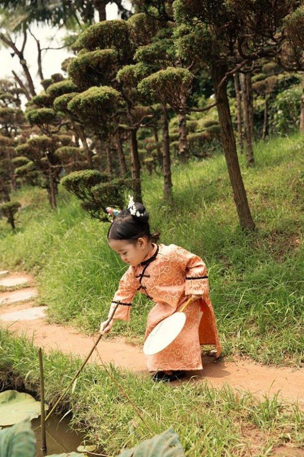 Nhóc tỳ hóa cung nữ Nguỵ Anh Lạc gia nhập Tử Cấm Thành khiến dân mạng 'đổ rạp'