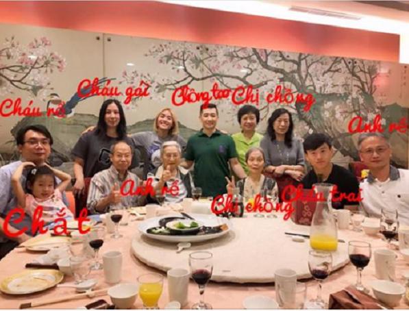 Bức ảnh đại gia đình được Tâm chia sẻ trên mạng xã hội.