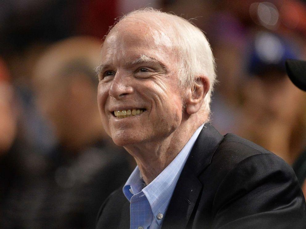 Thượng Nghị sĩ Mỹ John McCain và bệnh ung thư não