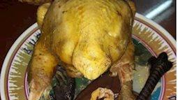 Bà nội trợ của năm: luộc gà cúng rằm mà nhìn như thảm họa