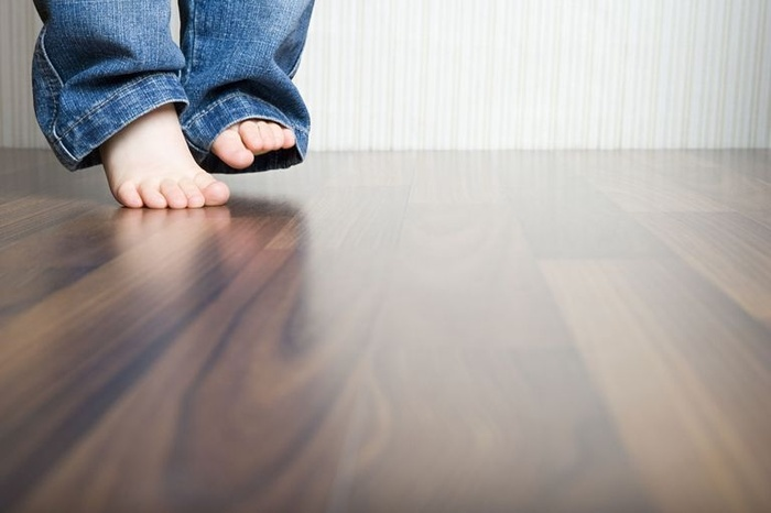 Lỗi sai be bét khiến sàn gỗ vừa lắp đặt đã mủn, hỏng, xuống cấp