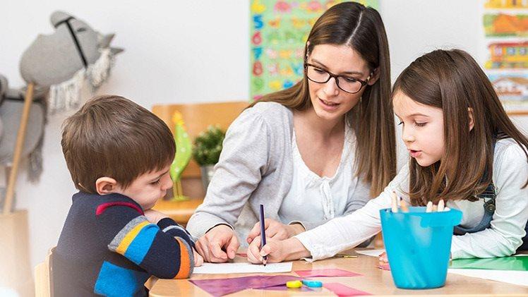 5 sai lầm thường gặp khi dạy trẻ học tiếng Anh, cha mẹ biết ngay để giúp con