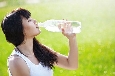 4 loại thực phẩm chống lại chứng khô mắt bạn cần bổ sung ngay