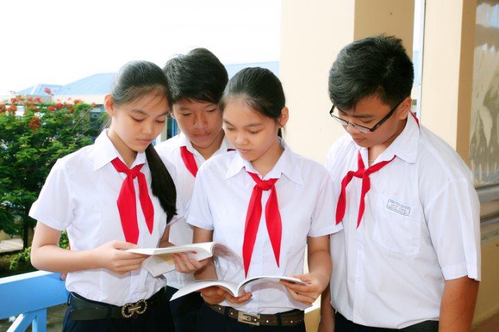 Đang tiến hành các bước để sớm thực hiện miễn học phí cho học sinh khối THCS
