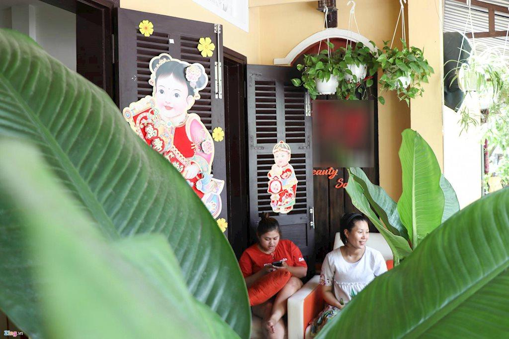 Bất ngờ với ngôi nhà đẹp như tranh ở Hội An của hoa hậu Trần Tiểu Vy