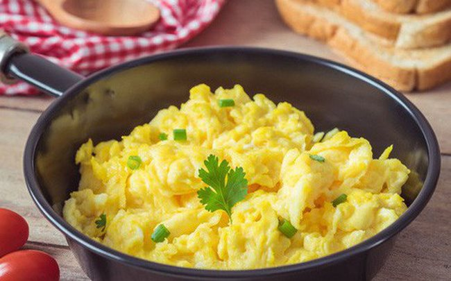 Món trứng khuấy 5 phút là xong, vừa ngon vừa bổ