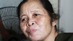 Rớt nước mắt trước tấm lòng của bà trông trẻ nuôi con hộ chủ suốt 15 năm