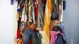 Nghiện mua sắm, tài sản của các cô gái trước khi lấy chồng chỉ có mỗi tủ quần áo