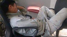 Thương lắm những giấc ngủ vội của của những lao động Việt Nam làm việc tại Nhật