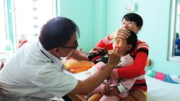 Dinh dưỡng cho trẻ bị tay chân miệng và cách phòng tránh bệnh