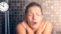 Cảnh báo: Thói quen tắm đêm khiến người mẹ đột tử