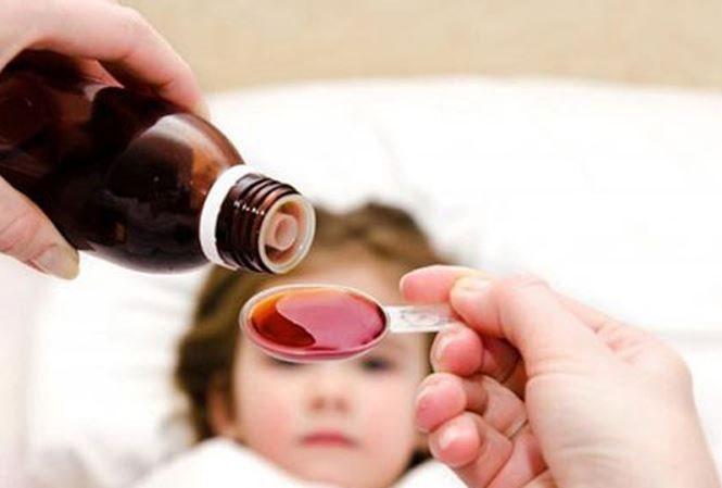 Cảnh báo: Trẻ có thể bị tử vong nếu uống siro ho quá liều