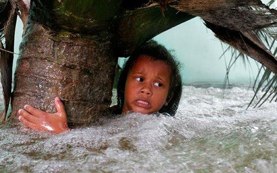 Cách ứng phó với thảm họa sóng thần nếu gặp phải khi đi du lịch biển