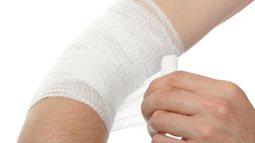 """Bác sĩ hướng dẫn cách chăm sóc vết thương do """"đo đường"""" không để lại sẹo"""