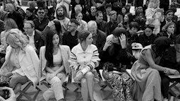 Không váy áo cầu kỳ Jennie vẫn trở thành tâm điểm tại sự kiện thời trang đình đám nhất thế giới