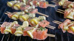 Cá hồi nướng chanh cho bữa ăn chiều ngon xuýt xoa