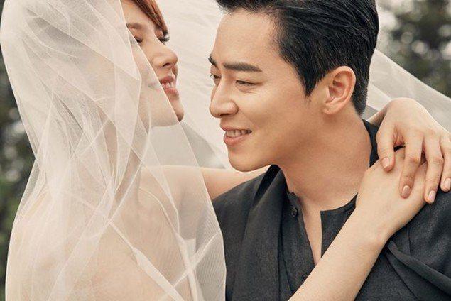 Diễn viên Jo Jung Suk đã chính thức lên xe hoa với giọng ca phim 'Hậu duệ mặt trời'