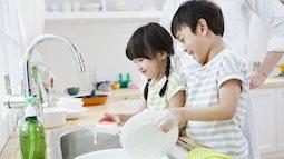 Cha mẹ thời hiện đại nên dạy con trai nấu nướng làm việc nhà