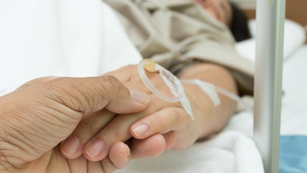 Những điều cần làm sau đẻ mổ vừa tốt cho con mẹ lại nhanh hết đau