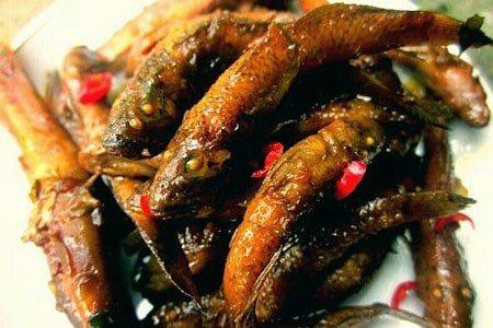 """Cá bống kho răm – món ăn """"gọi chồng về ăn cơm nhà"""" hiệu quả"""