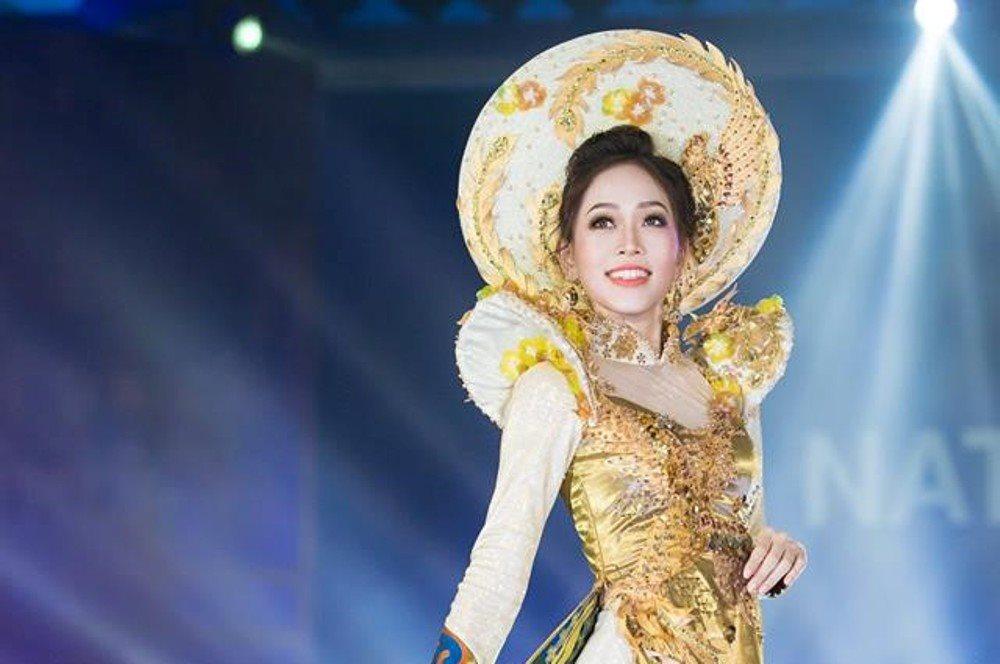 Áo dài của á hậu Phương Nga là 1 trong 10 bộ trang phục truyền thống được bình chọn nhiều nhất Miss Grand 2018