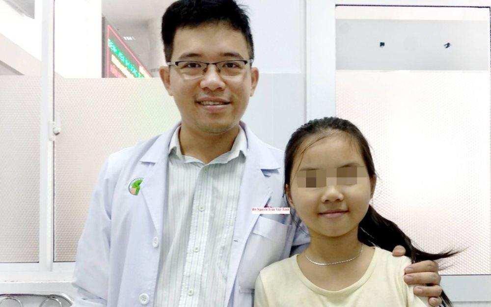 Cấp cứu thành công bé gái mang khối u hiếm, trên thế giới chưa đến 20 ca