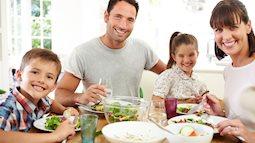 Người mẹ nên thay đổi chế độ ăn ngay cho cả nhà nếu các thành viên có những dấu hiệu sau