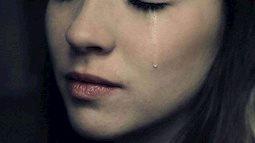 Lạ lùng người Nhật đi học cách khóc?