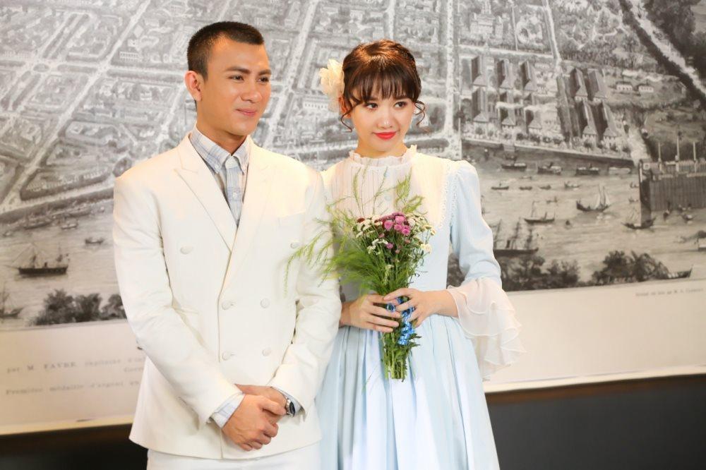 Cư dân mạng ngợi khen MV 'Là cả bầu trời' của Hari Won nịnh khéo ông xã Trấn Thành