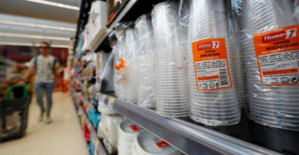 Cấm sử dụng các sản phẩm nhựa dùng một lần: tin vui cho hội chị em hay dùng sản phẩm thiên nhiên