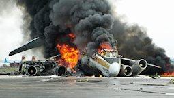 Từ vụ máy bay Indonesia chở 189 người rơi xuống biển: Làm thế nào để sống sót trong thảm họa rơi máy bay?