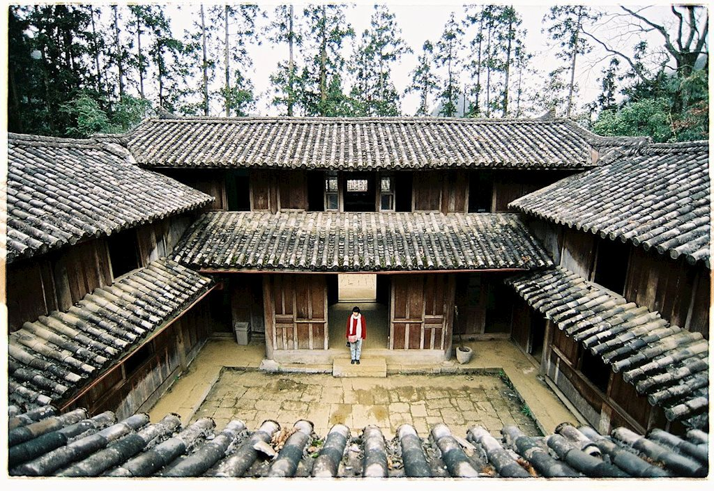 Dinh thự Vua Mèo - điểm dừng chân thú vị ở Hà Giang