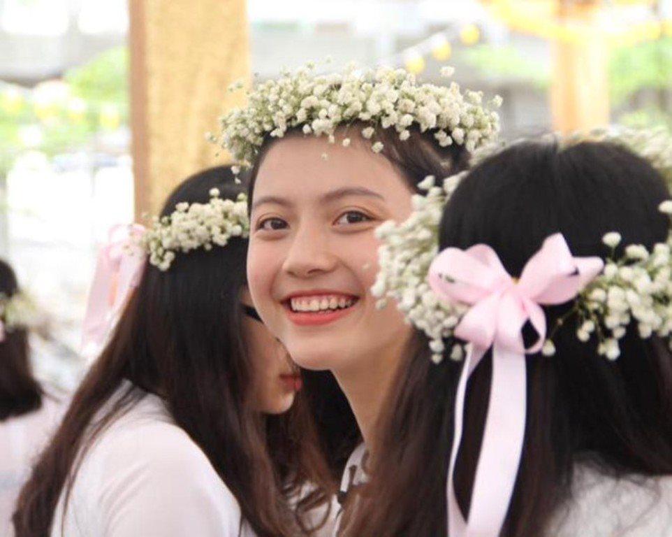 Ngắm nhan sắc trong trẻo của tân hoa khôi cuộc thi Tài hoa duyên dáng Dược 2018