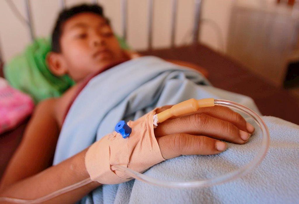 Cách sử dụng thuốc an toàn khi trẻ bị sốt xuất huyết