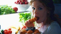 """Những thực phẩm có độ """"sát thương"""" cao nếu ăn sát giờ ngủ"""