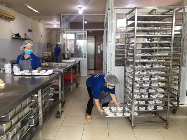 55 người ngộ độc do ăn bánh mì chà bông gà nhiễm tụ cầu vàng