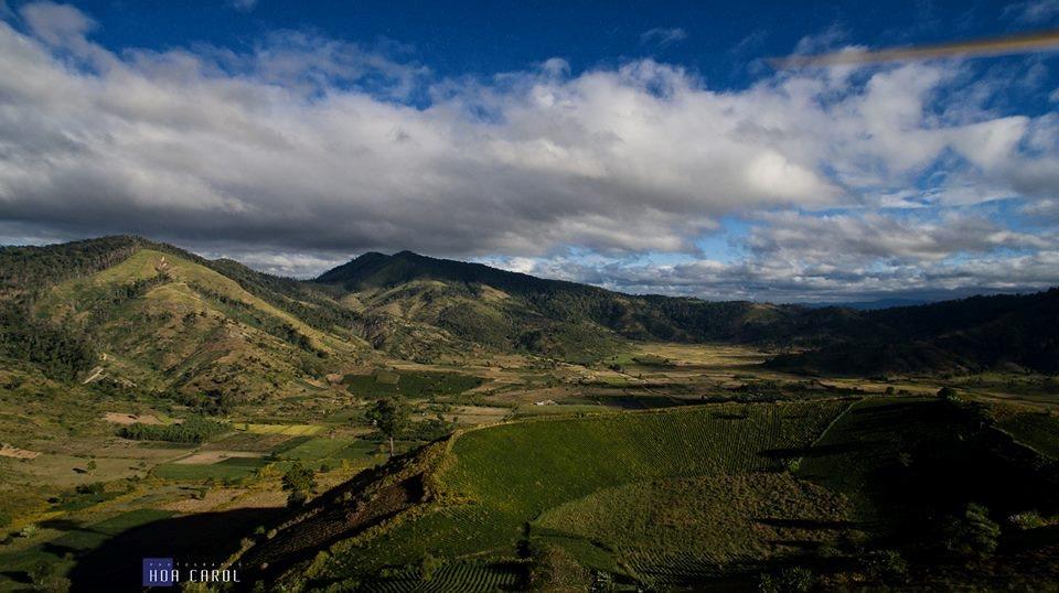 Trải nghiệm cảm giác mạo hiểm khi khám phá núi lửa Chư Đăng Ya hùng vĩ